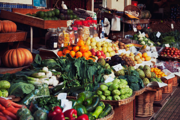 Enjoy Nature's Bounty and Delicious Treats from Local Farmers' Markets